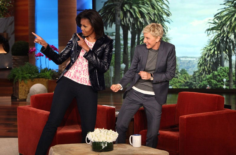 Must-See: Michelle Obama Does Push-Ups with Ellen DeGeneres