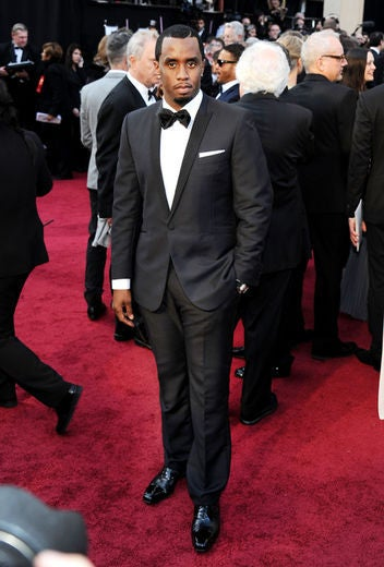 Diddy Wins Oscar for 'Undefeated'
