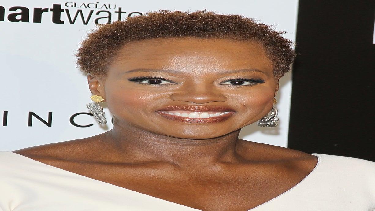 Viola Davis Attributes Natural Hair to Feeling 'Powerful'