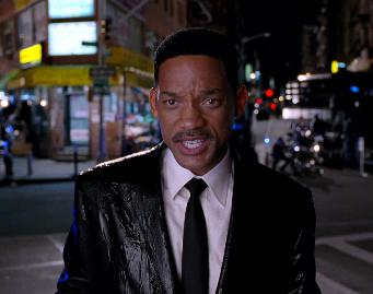 "Must-See: Will Smith Soars in ""Men in Black 3"" Trailer"