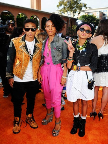 Live from the 25th Annual Nickelodeon Kids' Choice Awards