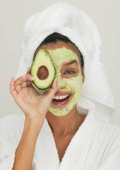 Beauty Beat: Celebrate Earth Day With Eco-Friendly Beauty