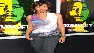 Coffee Talk: Holly Robinson Peete to Open No-Cost Autism Centers