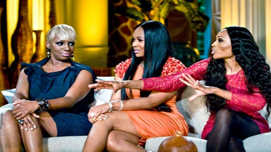 Twitter Chat: Let's Talk About How Sisters Treat One Another