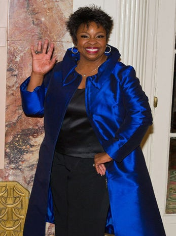 Gladys Knight to Judge 'Apollo Live'