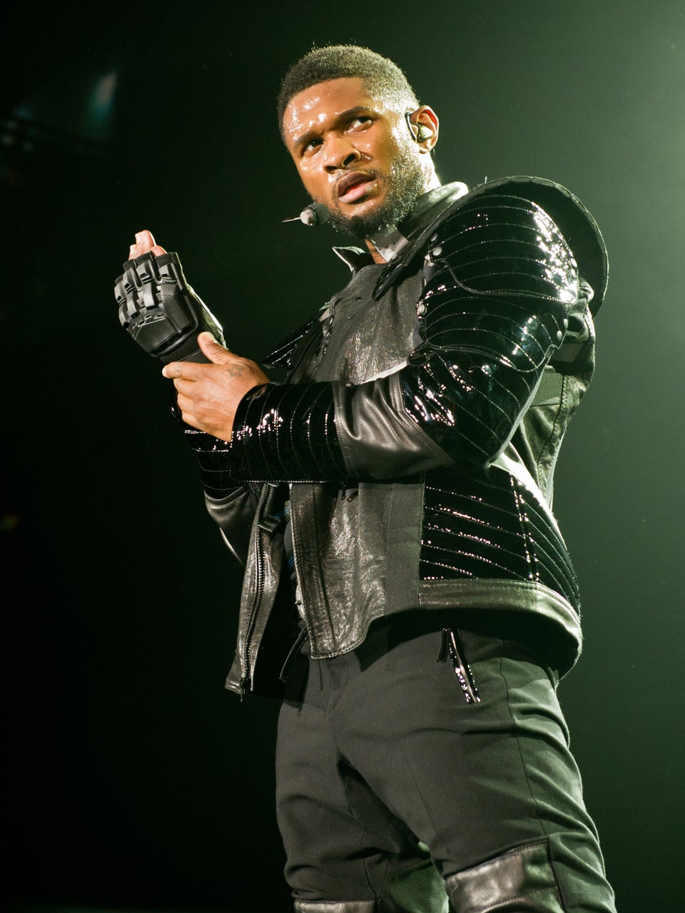 Usher to Live Stream Concert, Will Allow Fans to Dance on Stage