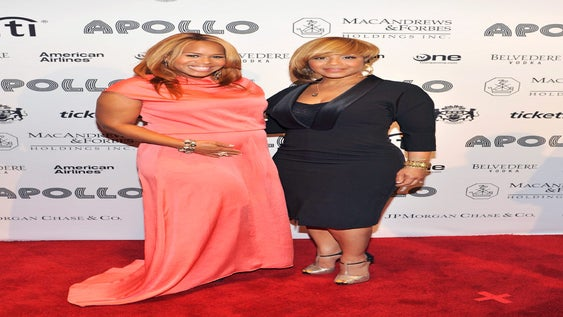 Walk the Walk: Mary Mary Relaxing and Recharging