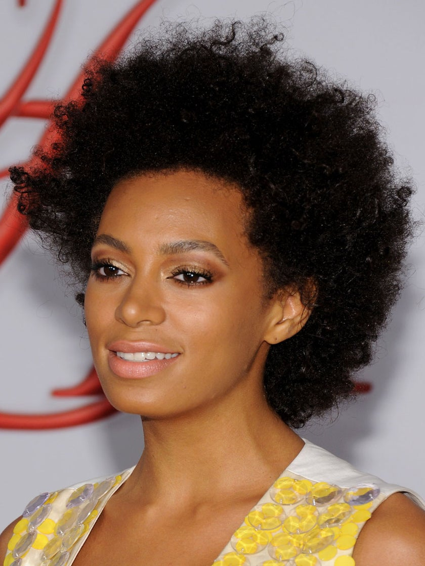 Solange Addresses 'Natural Hair Police,' Says Hair is Not Important