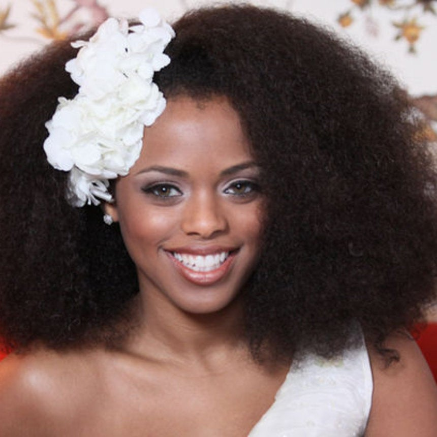 "Reader Q&A: ""How Can I Style My Natural Hair for My Wedding?"""