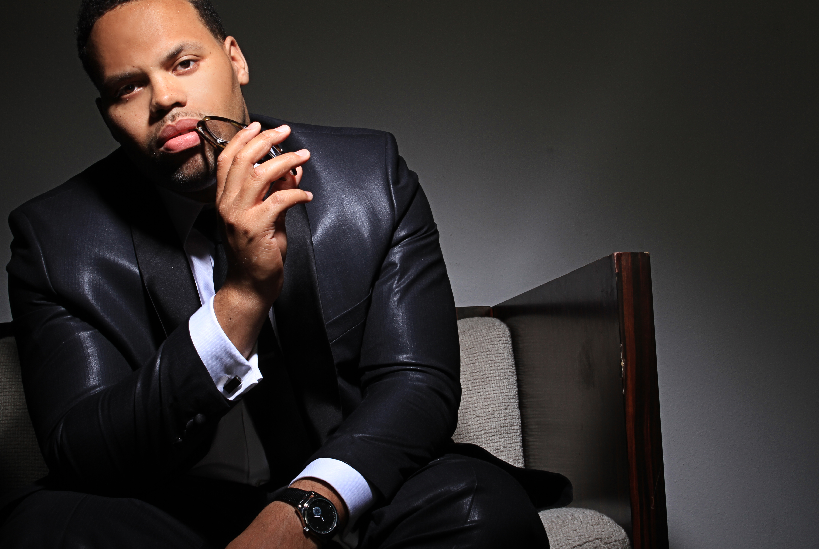 EMF Q&A: Eric Roberson Talks New 'At The Same Time' Video, His New Baby & EMF