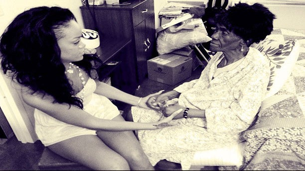 Rihanna Shares Family Photos in Honor of Her Late Grandmother