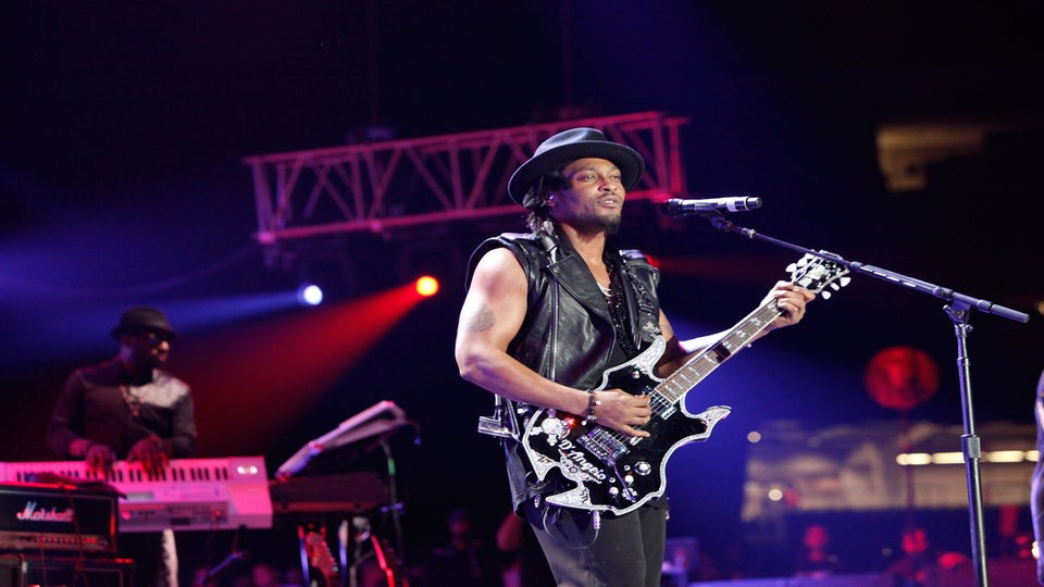 ESSENCE Music Festival 2012: Live from the Superdome, Day 1