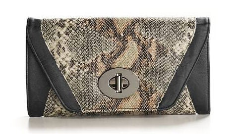 b54ee0fd562b Diva on a Dime  Steal Solange s Style - Essence