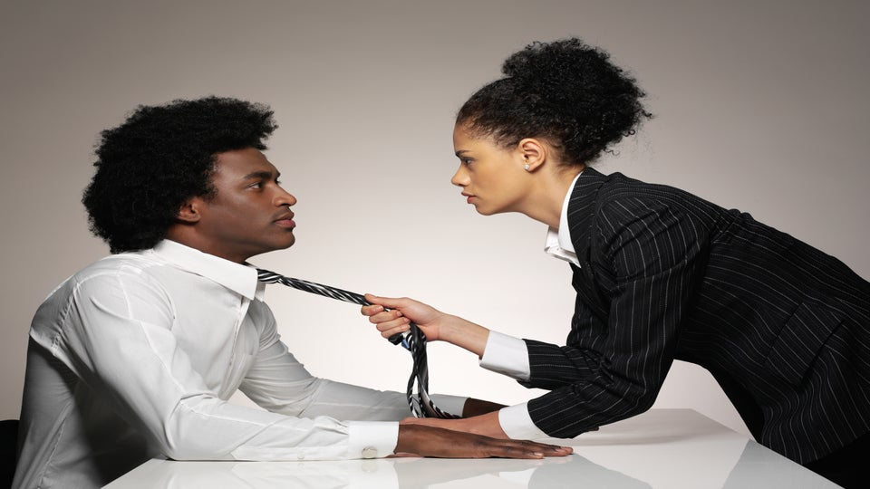 Tanisha's Tips: Is Dating in the Workplace OK?