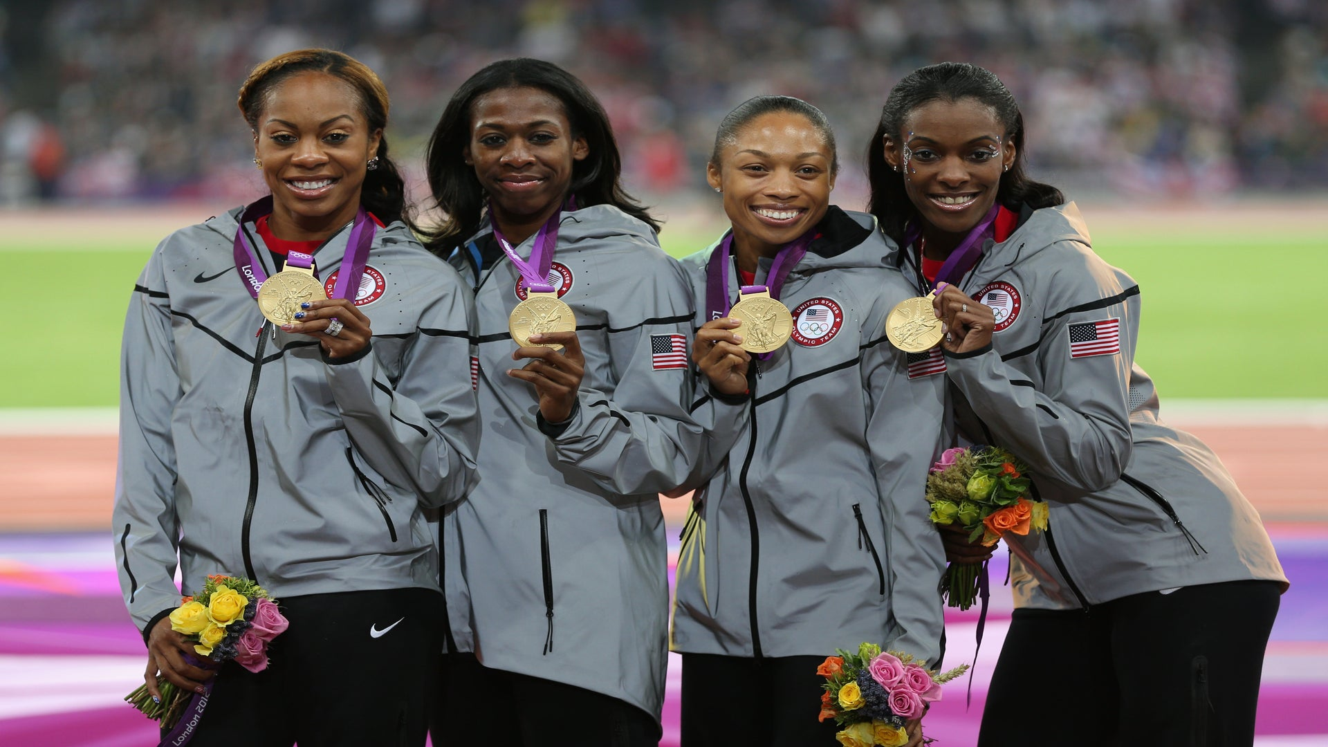 U.S. Women's 4x400m Relay Team Earns Gold, Men Take Silver in 4x100m Relay