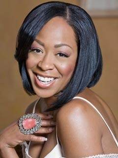 Exclusive: Tichina Arnold Ties the Knot in Hawaii