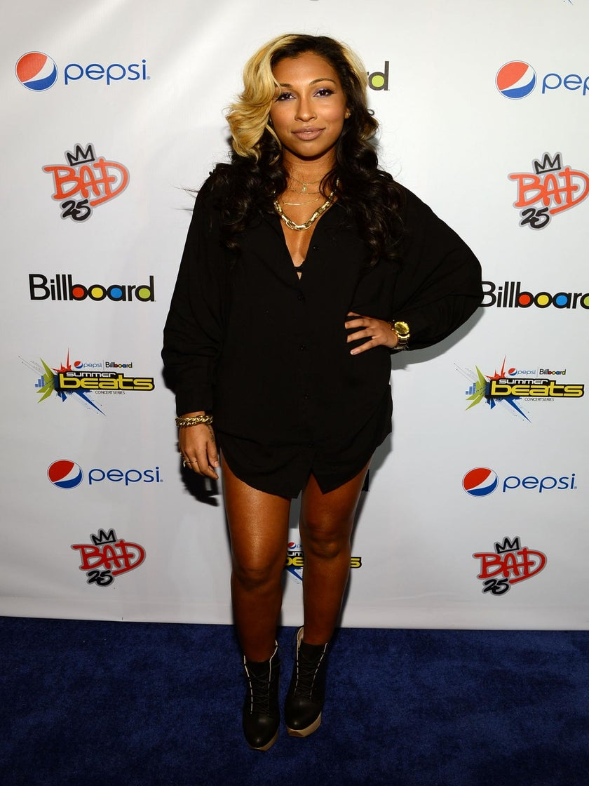 Must-See: Melanie Fiona and Ne-Yo Honor Michael Jackson on Stage