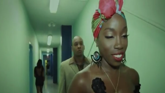 Must-See: Estelle Shows Us a 'Wonderful Life' in Her New Video