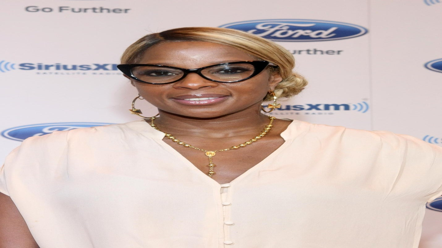 Exclusive First Look: Mary J. Blige in Pro-Obama Video