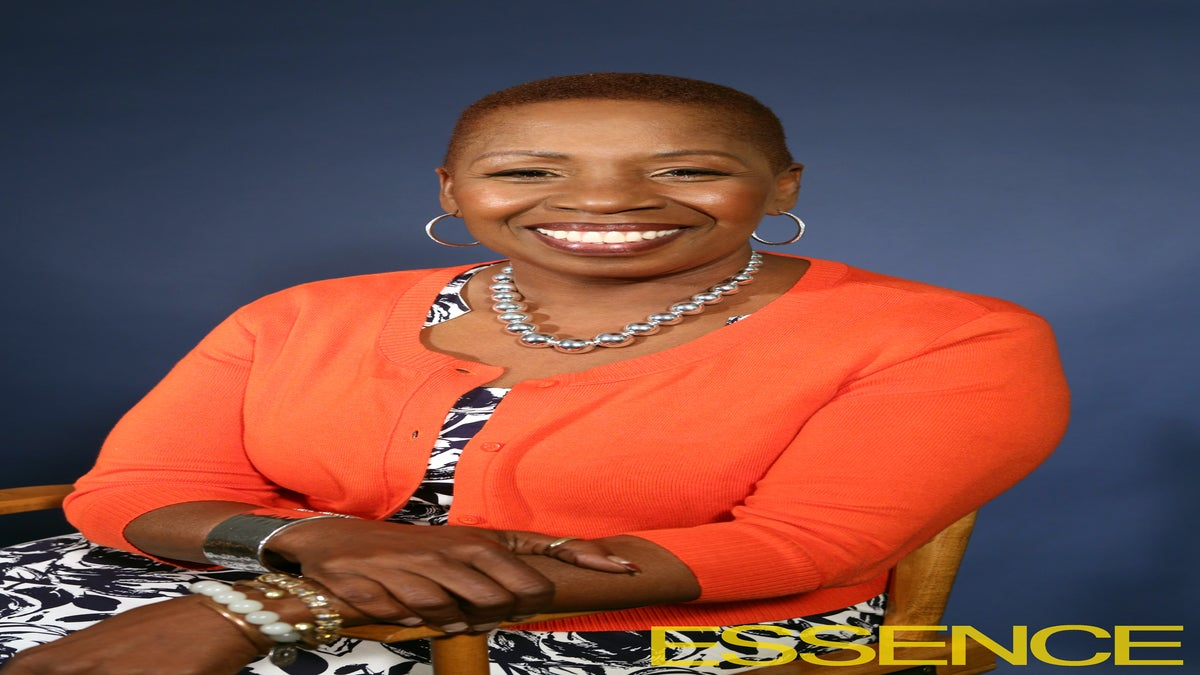 EXCLUSIVE: Iyanla Vanzant Dishes on <i>Fix My Life</i>, Growth, and Her Mission for Viewers