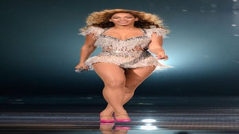 Report: Beyoncé to Perform at Super Bowl Halftime Show
