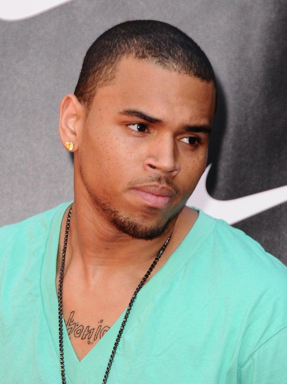 Chris Brown Crashes Car While Dodging Paparazzi
