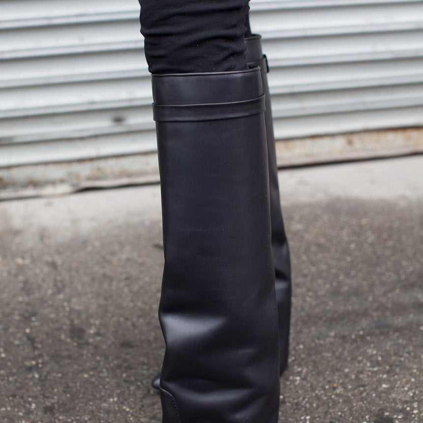 Accessories Street Style: Bold Boots