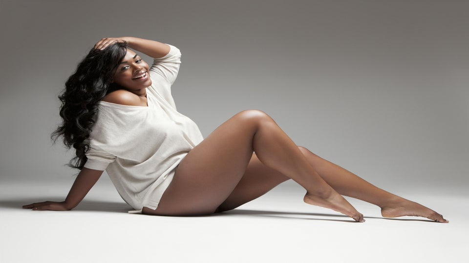 Curvy Model of The Month: Victoria Lee