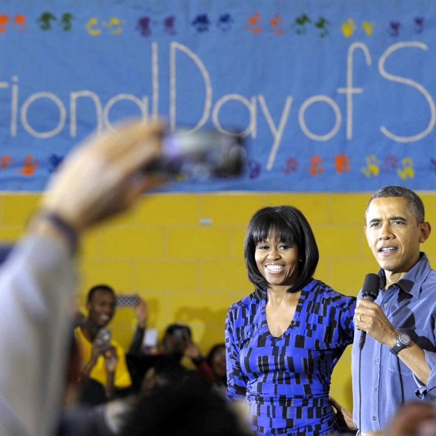 President Obama Says He Loves Michelle Obama's New Bangs