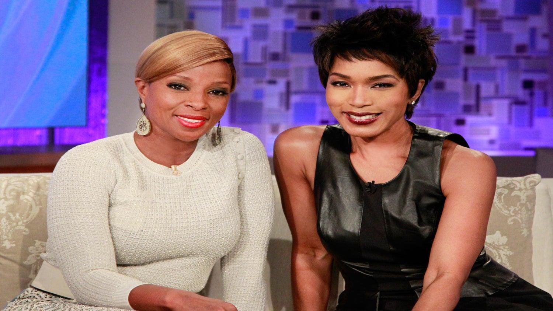 Coffee Talk Video: Check Out Mary J. Blige, Angela Bassett at 'Betty & Coretta' Premiere