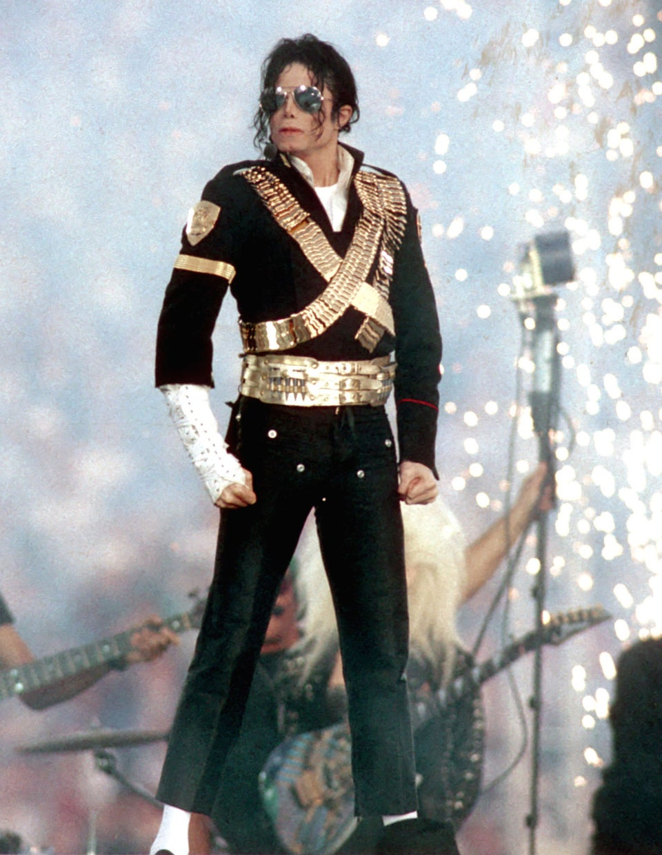 Jam It or Slam It: Justin Bieber Remakes Michael Jackson's 'Slave to the Rhythm'
