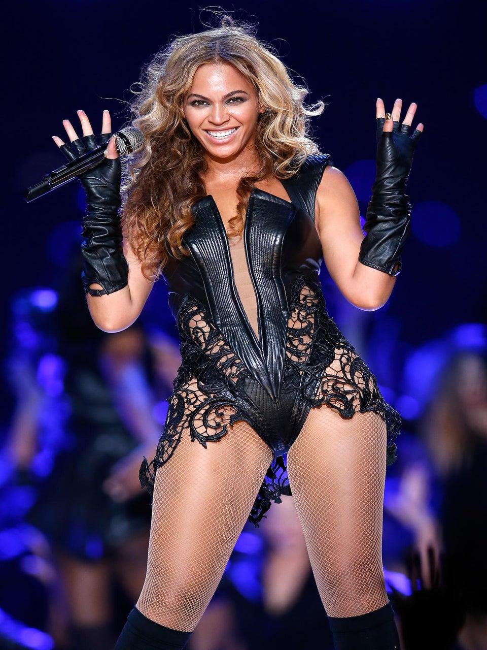 Beyoncé at the Super Bowl: Our Favorite Tweets