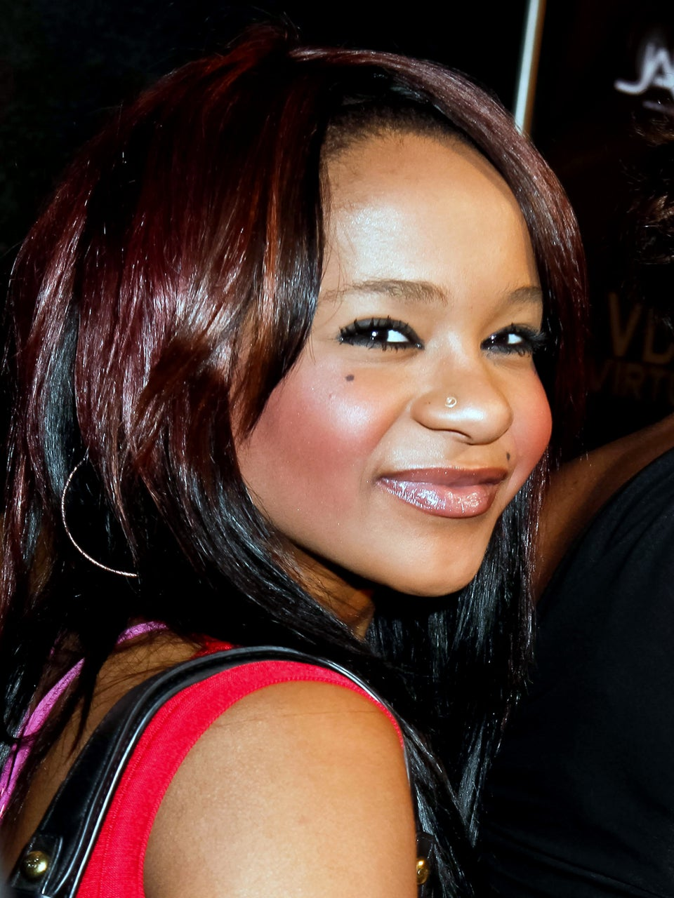 Family Members Say Goodbye to Bobbi Kristina as They Prepare for the Worst