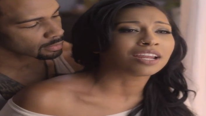 Must-See: See Melanie Fiona's New Video 'Wrong Side Of A Love Song'