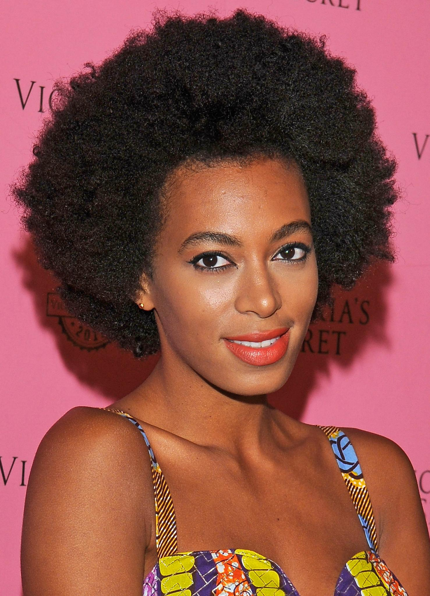 Decode Your Coils A Simple Guide To Curly Hair Types Essence