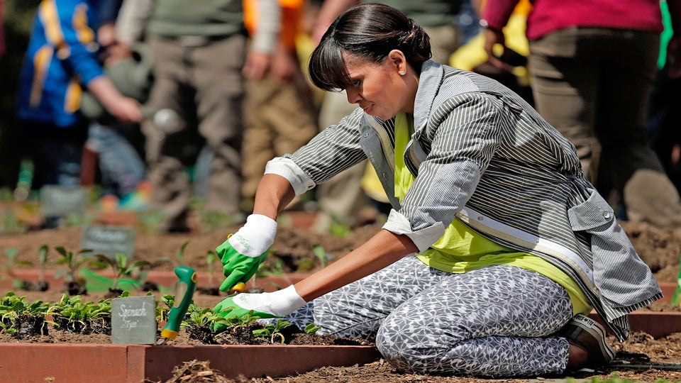 Michelle Obama Plants White House Garden