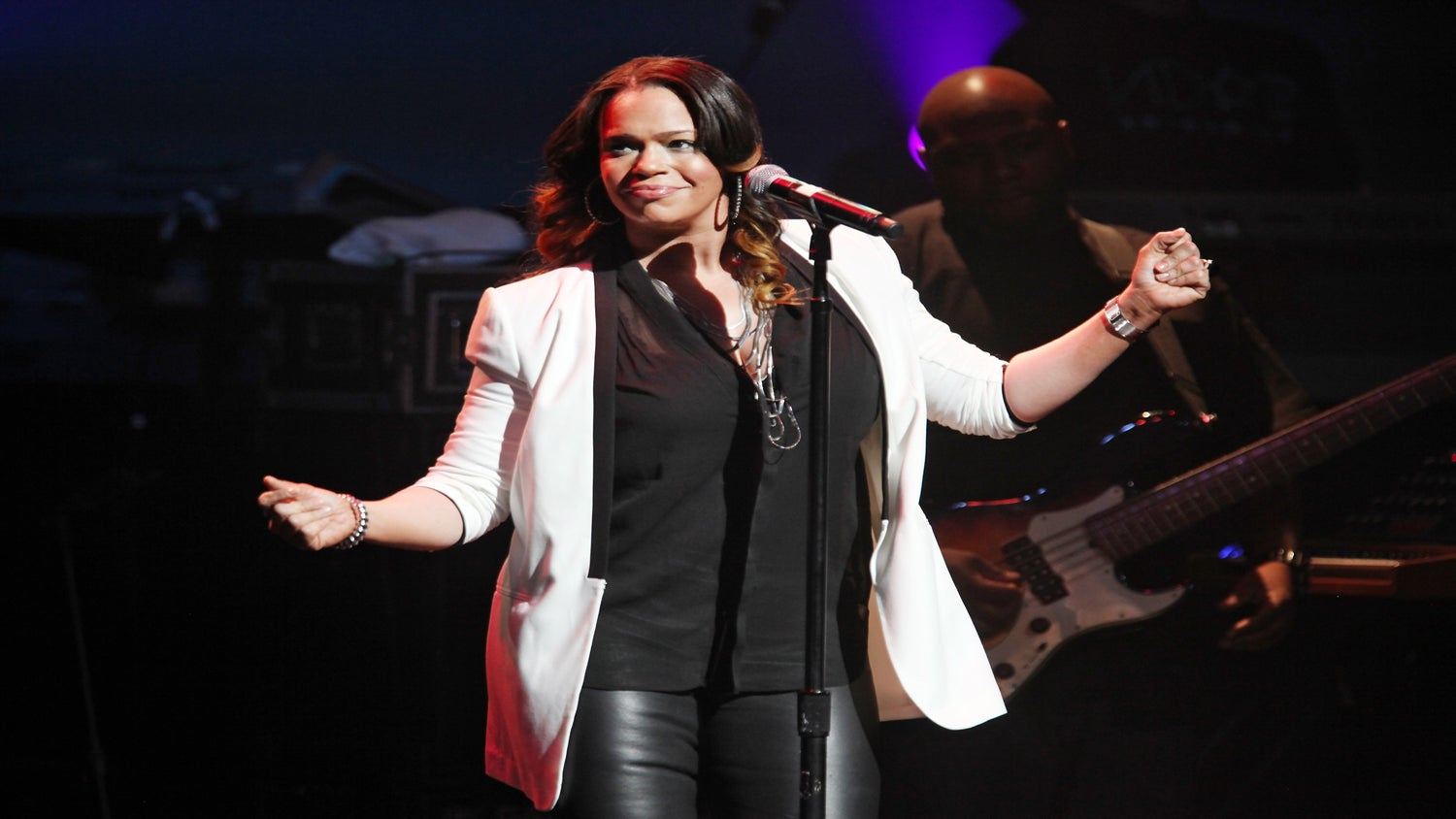 5 Questions with Faith Evans