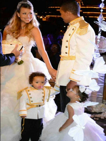 Mariah Carey and Nick Cannon Renew Their Vows at Disneyland