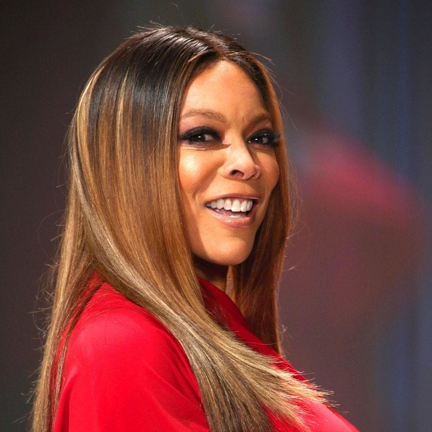 "Wendy Williams Dishes On Struggles With Weight Loss In New ""Ask Wendy"" Book"