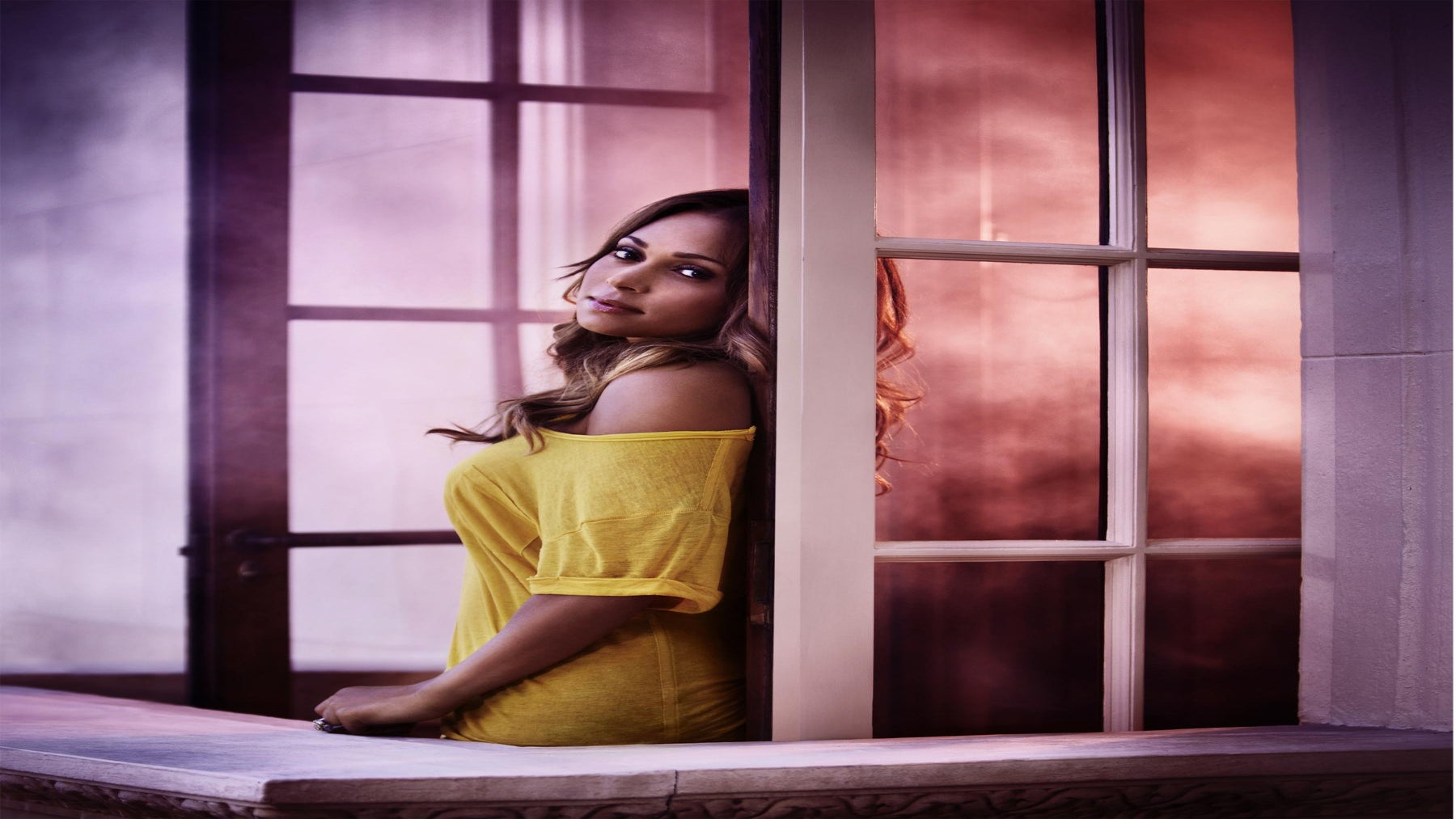 Tamia Talks ESSENCE Festival, Philanthropy & Balancing It All