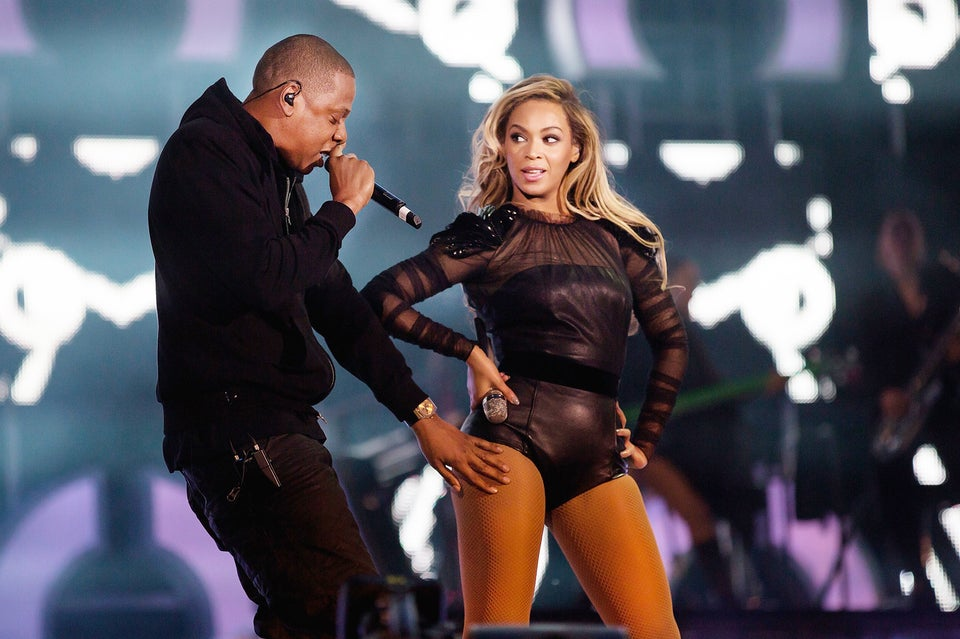 Coffee Talk: Beyonce and Jay Z Share Wedding Photos During 'On The Run' Tour