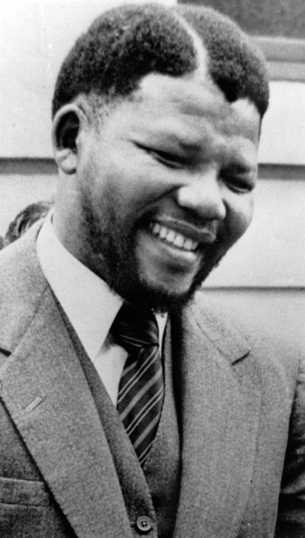 Nelson Mandela As A Young Man - Essence-8622