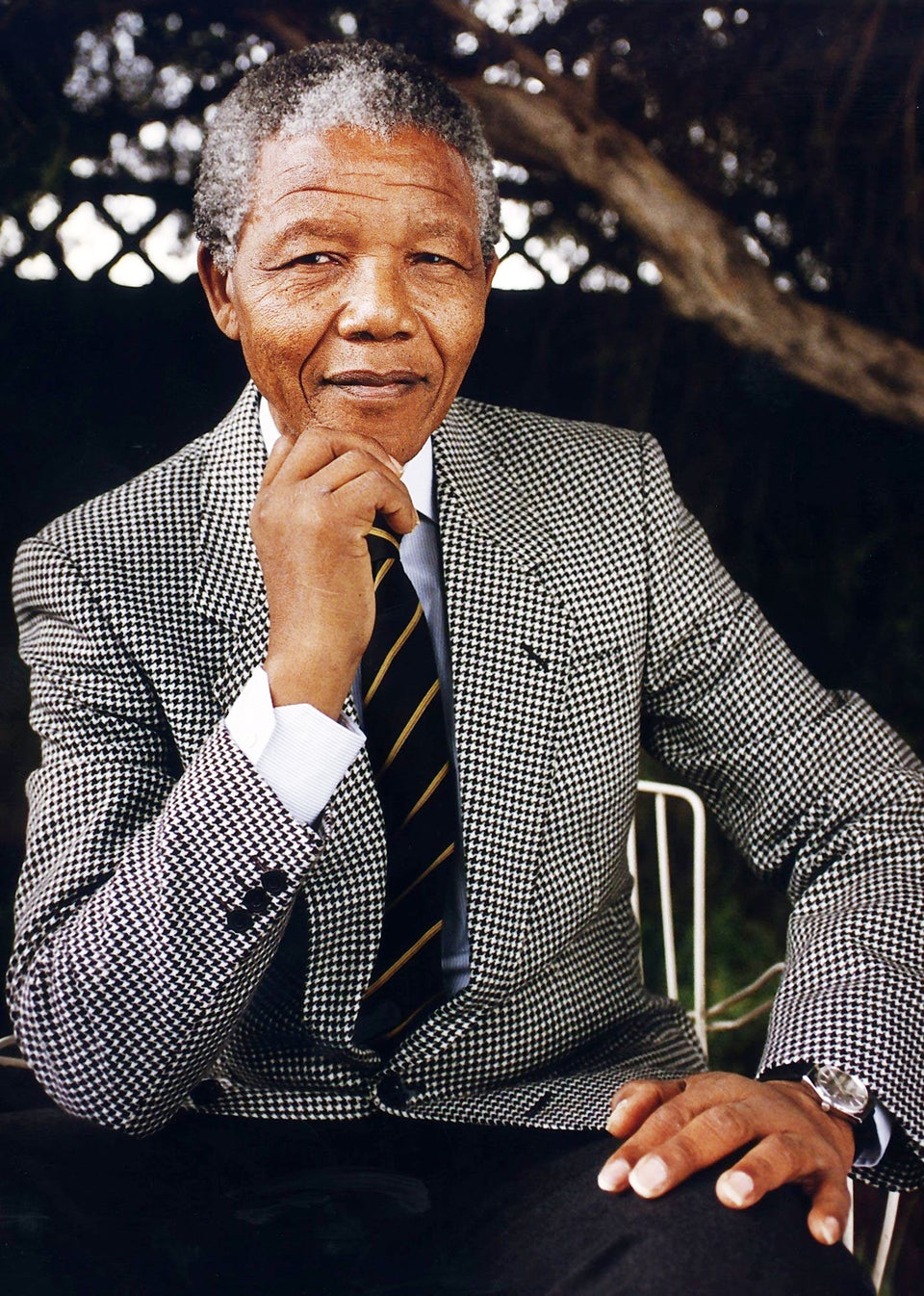 Nelson Mandela Fighting from 'Deathbed'