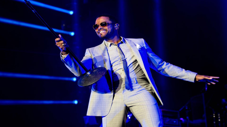 ESSENCE Festival: Watch Maxwell Perform 'Stop The World' and 'Fire We Make'