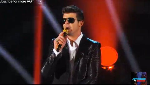 Must-See: Watch Robin Thicke Perform 'Blurred Lines'