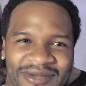 """EXCLUSIVE: Go Behind the Scenes of Jaheim's New Video, """"Age Ain't a Factor"""""""