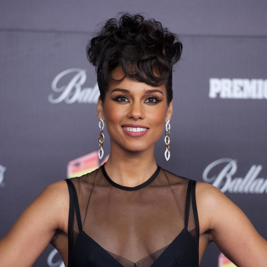 UPCOMING: Alicia Keys Hosts ESSENCE Twitter Chat on HIV/AIDS