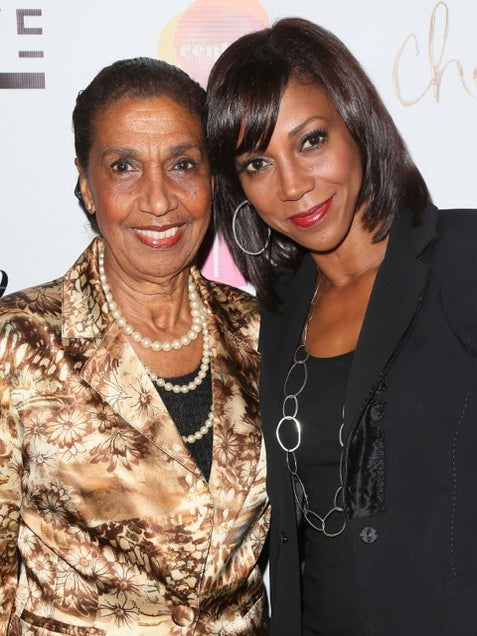 Holly Robinson Peete Tributes Her Mother, Dolores