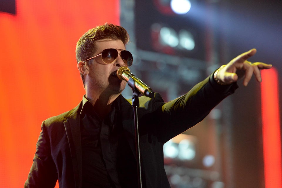 Robin Thicke Announces 2014 Tour with DJ Cassidy and Jessie J