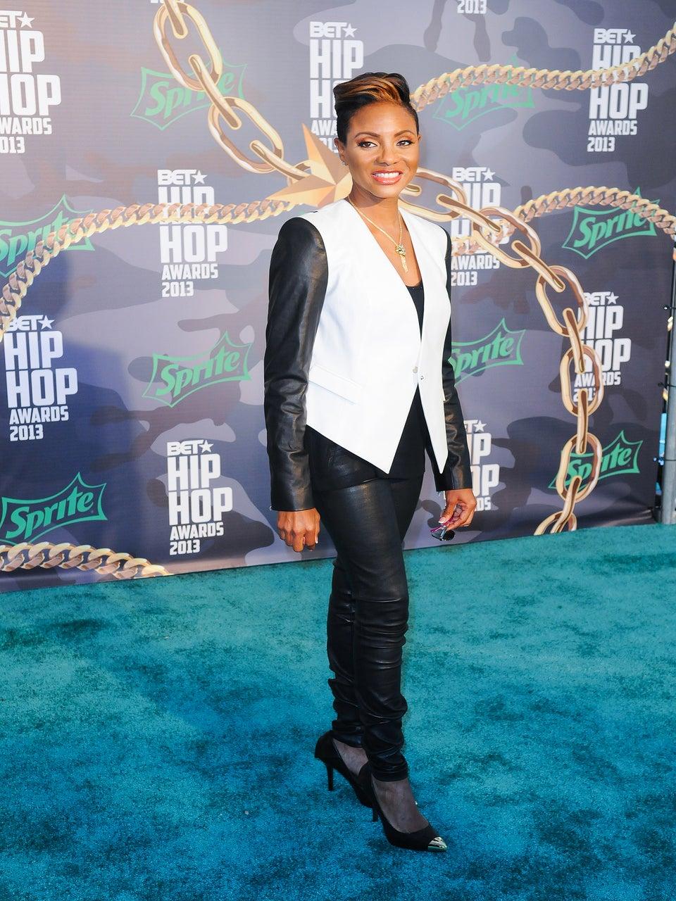 "MC Lyte Receives ""I Am Hip Hop"" Award"